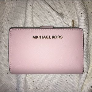Michael Kors Light Pink & Gold Wallet. NWT